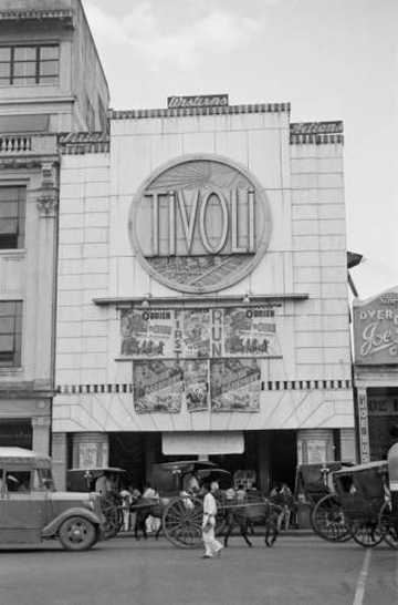 Tivoli Theater 1940.