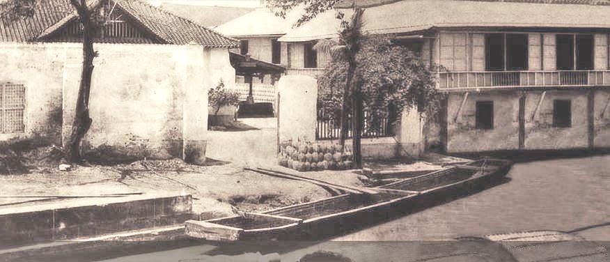 Casa Roxas distillery on Pasig-1901