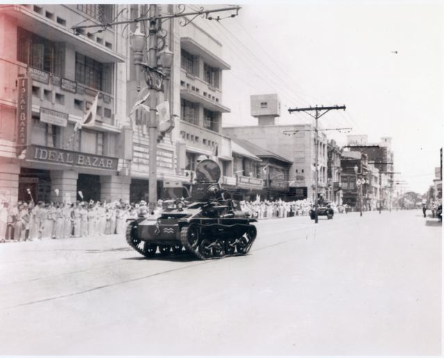 Japanese tanks parade Rizal Ave, 1942