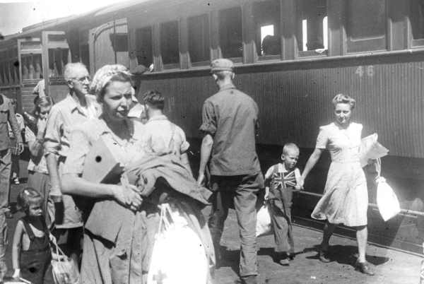 British citizens find their way home after liberation.