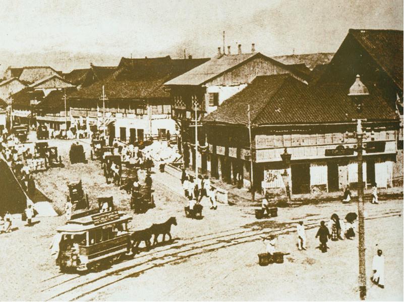 Escolta coming into Plaza Sta.Cruz-1890