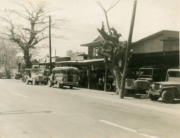 Sarao Jeepney shop-Las Piñas