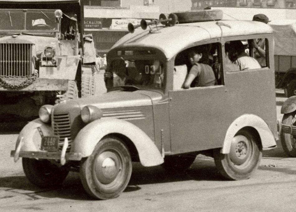 pre-war jeepney(bantam Austin)