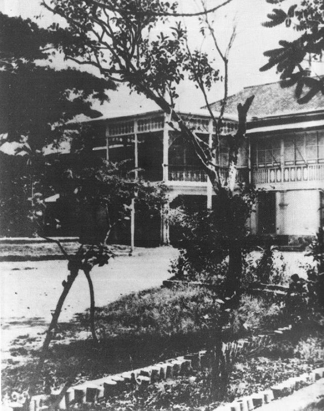 American School - 417 Nozaleda (courtesy I. Reyes)