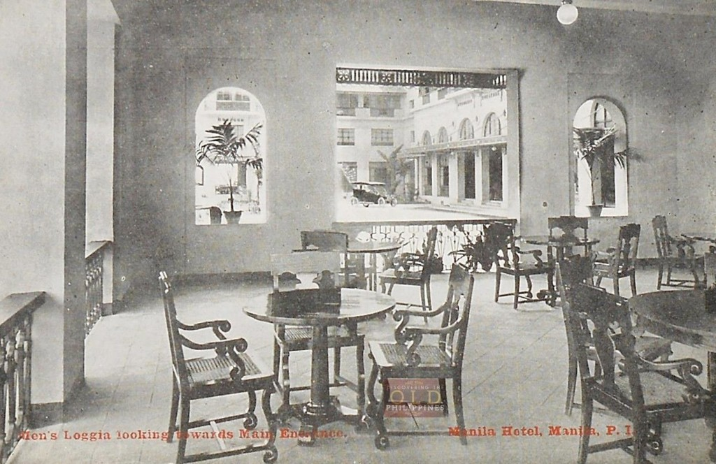 Manila Hotel-Men's Loggia looking towards main entrance-1910